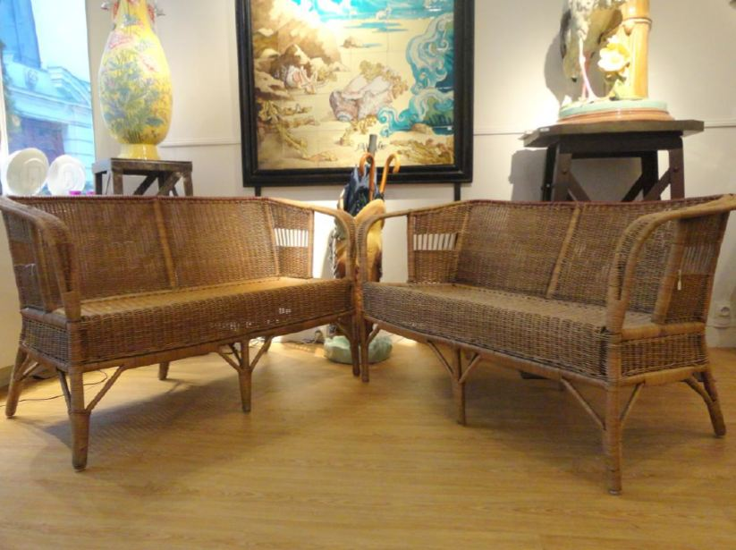 paire de banquettes en rotin vers 1900 galerie vauclair. Black Bedroom Furniture Sets. Home Design Ideas