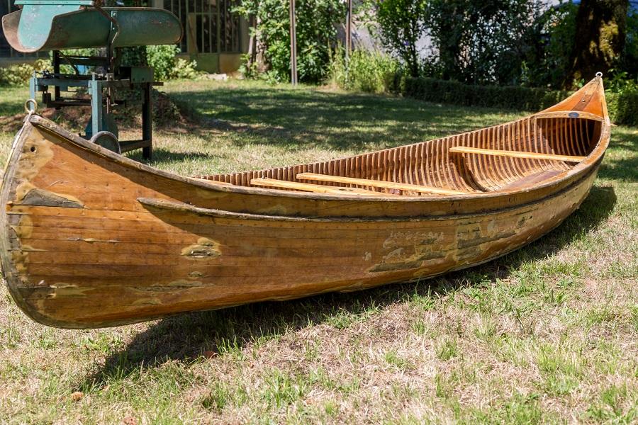 canoe en bois