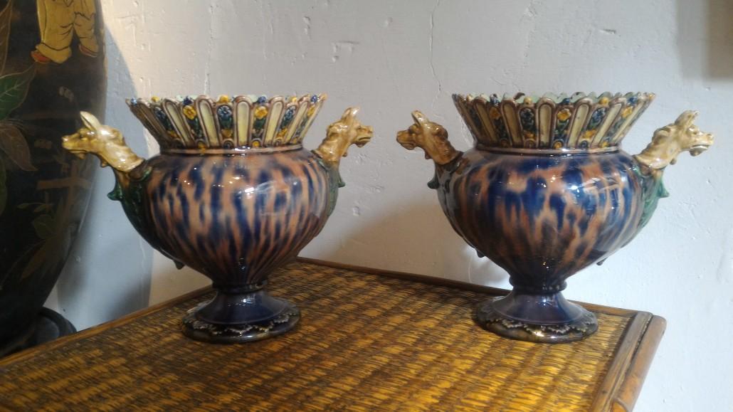 vases à protomes