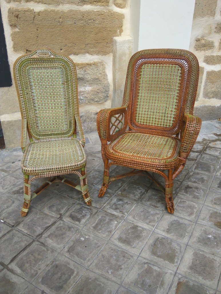 Rattan armchair and chair perret vibert galerie vauclair for Chaise enfant en rotin