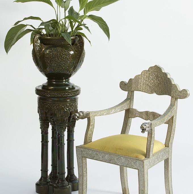 alhambra column