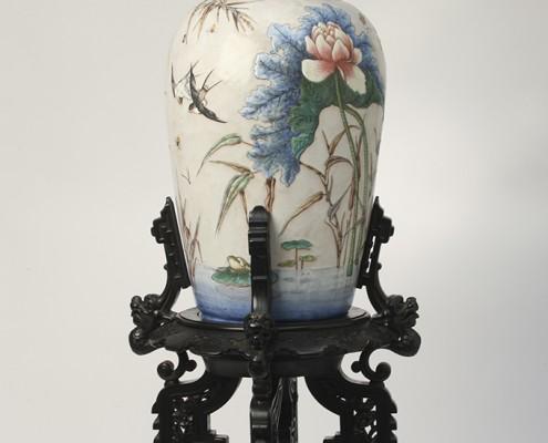 Vase à Fond Blanc
