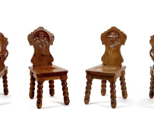 chaises autriche médaillons
