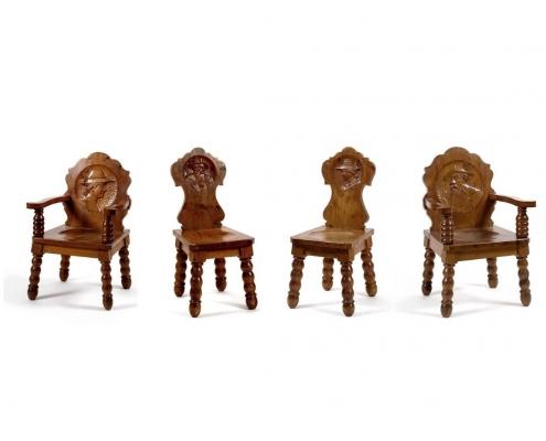 chaises médaillons autriche